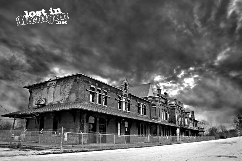 potter street train Haunted station Saginaw Michgian