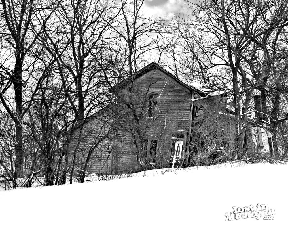 abandoned farmhouse michigan